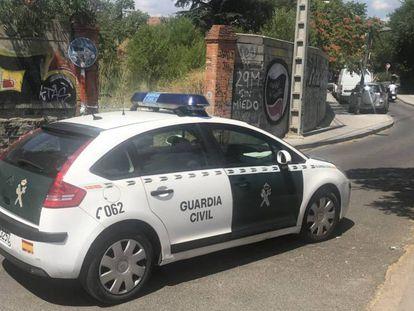 Un coche de la Guardia Civil, en Collado Villalba, en una imagen de archivo.
