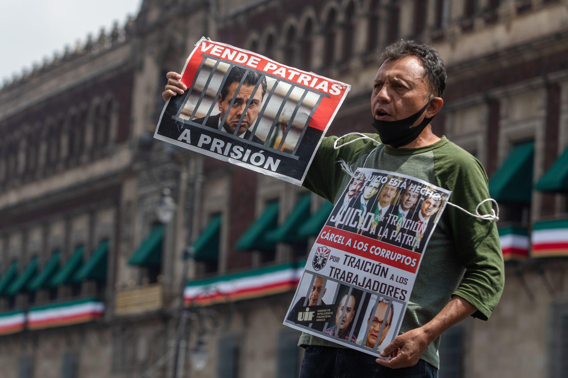 Un ministro del Supremo mexicano propone declarar inconstitucional la consulta para juzgar a los expresidentes | EL PAÍS México