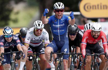 Cavendish, por delante de todos en Fougères 2021.