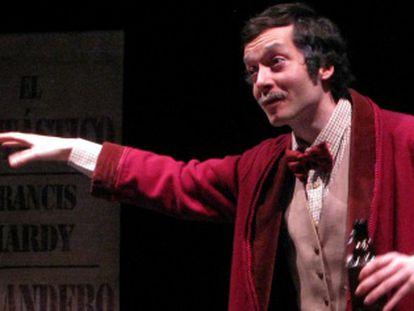 El actor Felipe Andrés, en 'El fantástico Francis Hardy, curandero'.