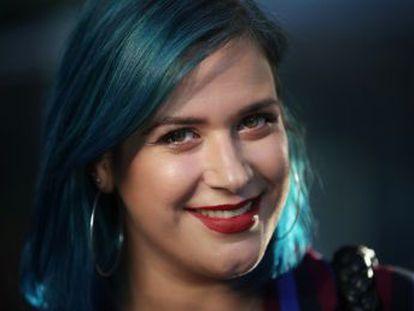 La escritora tras el alias de @Betacoqueta en las redes sociales ha vendido un millón de sus libros sobre mujeres jóvenes de aquí y ahora