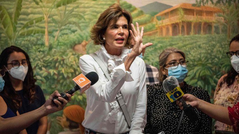 El régimen de Ortega bloquea la candidatura de Cristiana Chamorro a la presidencia de Nicaragua | Internacional | EL PAÍS