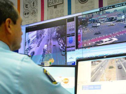 Centro de vigilancia urbana en Medellín (Colombia).