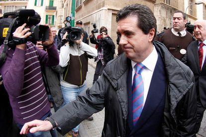 El expresidente balear Jaume Matas, ayer a la salida del juzgado en Palma de Mallorca.