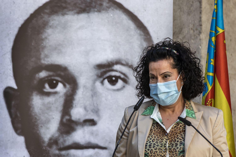 La nuera de MIguel Hernñandez, Lucía Izquierdo, durante el acto de homenaje de Valencia.