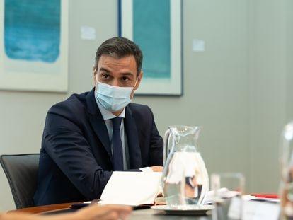 El presidente del Gobierno, Pedro Sánchez, preside la reunión del Comité de Seguimiento del COVID-19, en Moncloa, el 24 de julio.