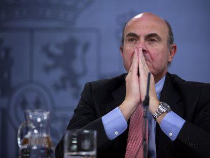 Luis de Guindos, tras el Consejo de Ministros del viernes 23 de febrero.