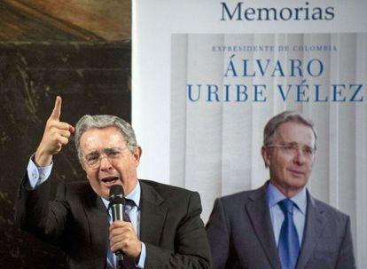 El expresidente colombiano Álvaro Uribe, durante la presentación de su libro 'No hay causa perdida' en Medellín.