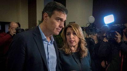 La presidenta andaluza, Susana Díaz, y el secretario general del PSOE, Pedro Sánchez, en el encuentro del Foro Joly en Sevilla, el pasado 23 de enero.