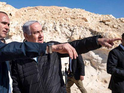 El primer miistro de Israel, Benjamín Netanyahu, el jueves en una visita a la frontera con Egipto.