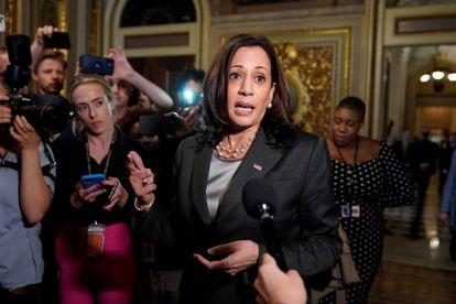 La vicepresidenta Kamala Harris habla con la prensa tras el fracaso en la votación del Senado para pasar a debatir la Ley del Pueblo.
