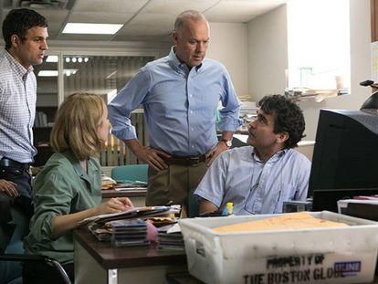 Fotograma de la película 'Spotlight', que recrea el reportaje del 'Boston Globe' sobre curas pederastas. / Tráiler de la película.