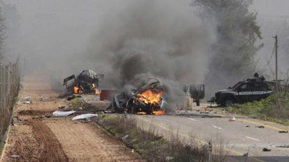 En la imagen, el convoy israelí atacado por Hezbolá.