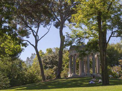 Uno de los rincones del parque madrileño de El Capricho.