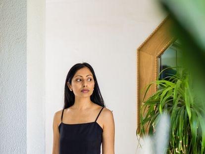 La escritora estadounidense de origen indio Avni Doshi.