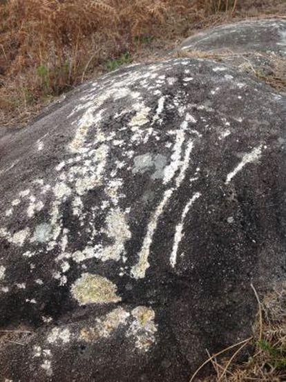 Estado en que quedó la roca sobre la que estaba grabado el petroglifo