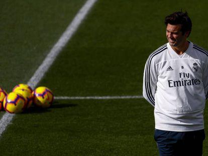 Solari, en el entrenamiento del Madrid.