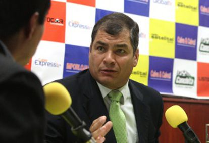 Correa durante una entrevista radiofónica.