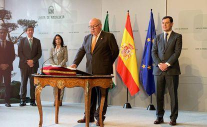 Toma de posesión del nuevo consejero de Salud y Familias de la Junta andaluza, Jesús Aguirre.