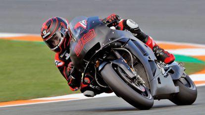 Jorge Lorenzo, en sus primeras vueltas con la Honda en Cheste.