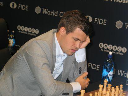 Magnus Carlsen, al inicio de la undécima partida