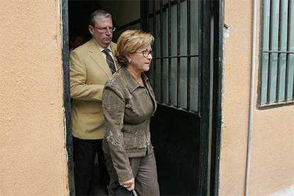 La gestora del Ayuntamiento de Marbella, durante su reunión con Gaspar Zarrías, consejero de la Presidencia de la Junta de Andalucía.
