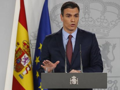 Pedro Sánchez, durante su intervención en La Moncloa para explicar el real decreto que impone el estado de alarma por la Covid-19.