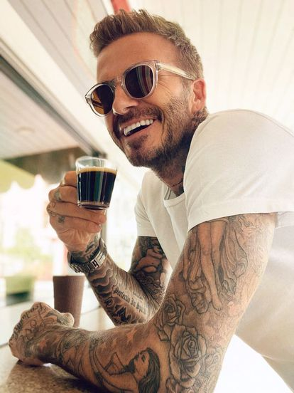 Estas imágenes, que el propio Beckham ha compartido en sus redes, demuestran su afición por las monturas 'retro'.