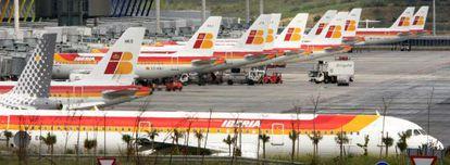 Aviones de Iberia en el aeropuerto de Barajas.