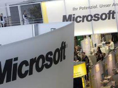 Microsoft ingresó durante ese mismo período 21.456 millones de dólares, lo que supuso un récord de ingresos para el último trimestre del año y un 2,7 por ciento más que entre octubre y diciembre de 2011. EFE/Archivo