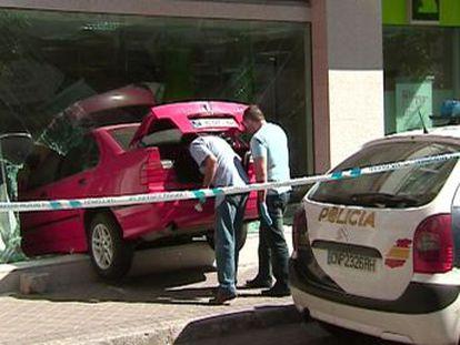 Los criminales empotraban vehículos contra las cristaleras, sustraían los cajones de recaudación y huían en coches de alta gama