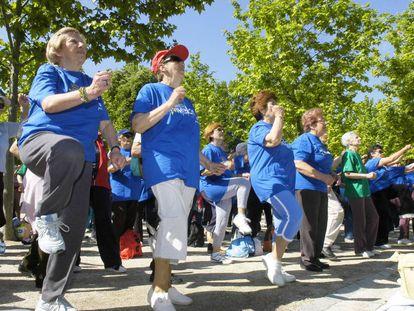 La actividad física de las españolas es notablemente menor que la de los hombres.