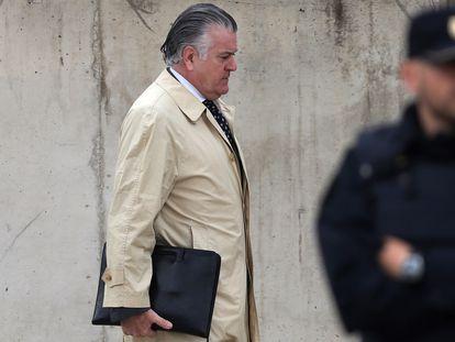 El extesorero del PP Luis Bárcenas, a su llegada a la Audiencia Nacional, el 14 de octubre de 2016.