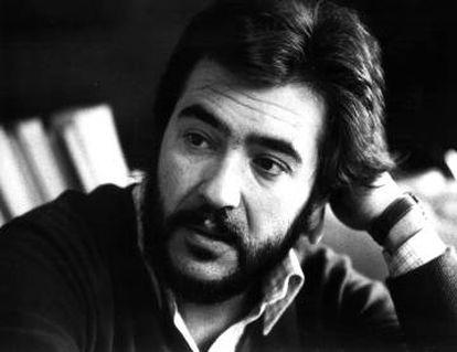 El cantautor, en una entrevista en 1981.