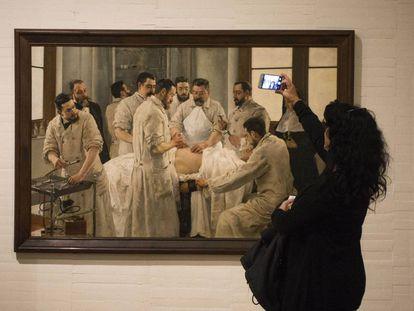 Un momento del recorrido en el Museu de Belles Arts de Castellón.