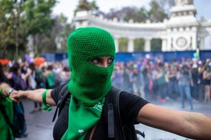 Una manifestante a favor del aborto en una protesta el pasado 8 de marzo, en la Ciudad de México.