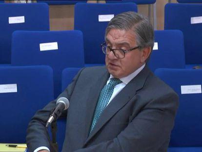 El exsecretario de la Infanta debilita la tesis de Urdangarin