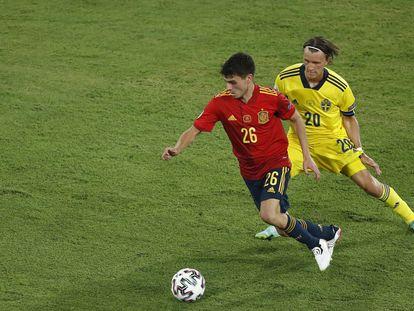 Pedri en el partido de España contra Suecia