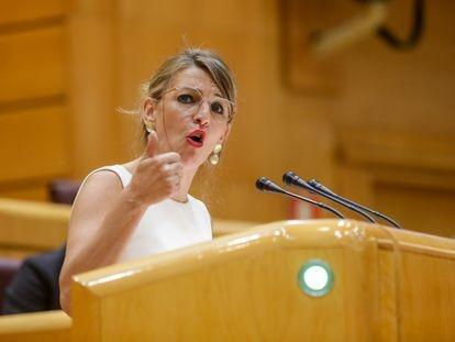 La ministra de Trabajo y Economía Social, Yolanda Díaz, durante una intervención en el pleno en el Senado.
