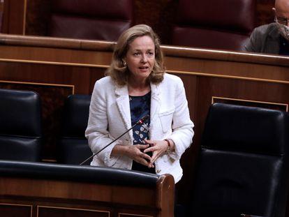 Nadia Calviño, vicepresidenta y ministra de Economía, en el Congreso de los Diputados el pasado 24 de junio.