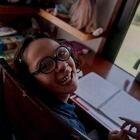 María Fermina Martínez (13) durante su clase virtual en su casa en la Ciudad de México, el 12 de marzo del 2021.