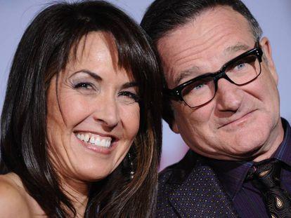 Robin Williams y su mujer, Susan Schneider, en 2009.