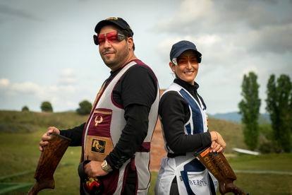 Alberto Fernández y Fátima Gálvez, el pasado mes de abril en el campo de tiro de Mollet del Vallés.