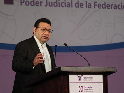 El magistrado Felipe Alfredo Fuentes Barrera, nombrado presidente interino del Tribunal Electoral del Poder Judicial, en un acto.