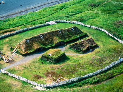 Reconstrucción del asentamiento vikingo de L'Anse aux Meadows, en el noreste de Canadá. El sitio es Patrimonio de la Humanidad.