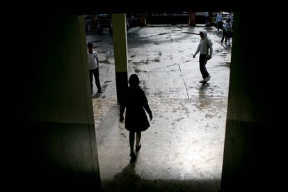 Estudiante de secundaria en escuela colombiana.