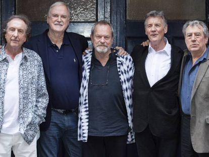 Desde la izquierda, Eric Idle, John Cleese, Terry Gilliam, Michael Palin y Terry Jones en Londres en junio pasado.