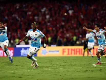 Yony González, del Junior de Barranquilla, celebra su gol en la final del fútbol colombiano.