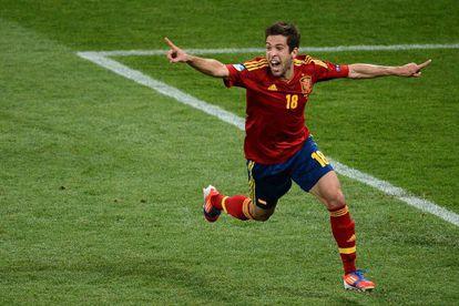 Jordi Alba celebra su gol contra Italia.