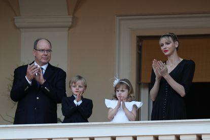 Los príncipes de Mónaco, con su hijos, el pasado 23 de junio.